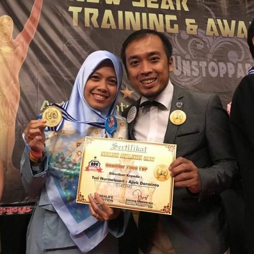 Qualifier SOMSE Award 2018 sebagai 1st TOP Royalty World Team member & 2500++ sepanjang tahun 2017